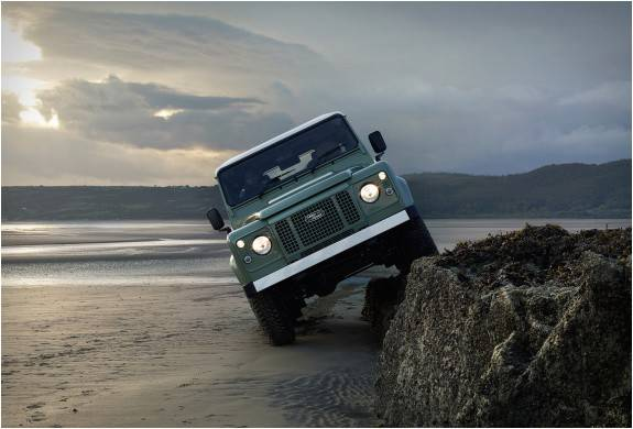 4180_1424103261_land-rover-defender-celebration-series-11 (1).jpg - - Imagem - 11