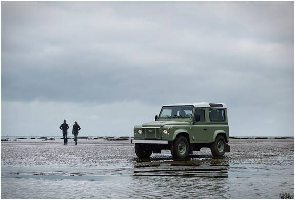 4180_1424103293_land-rover-defender-celebration-series-13 (1).jpg - - Imagem - 13