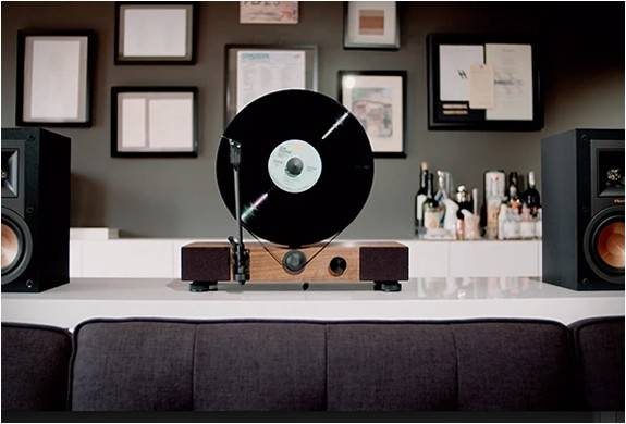 4538_1438726940_floating-record-vertical-turntable-7.jpg - - Imagem - 7