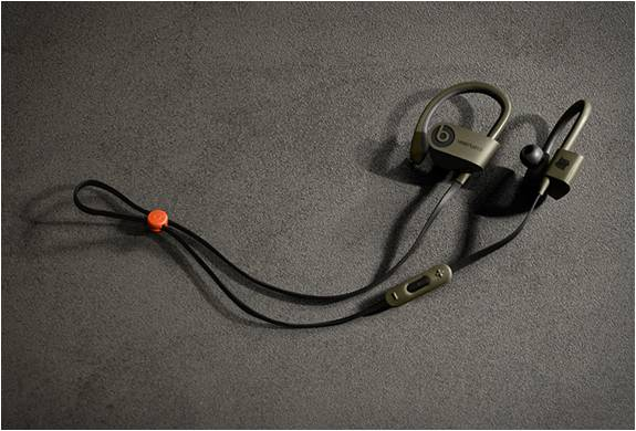 HEADPHONE BLUETOOTH UNDFTD X BEATS POWERBEATS 2 - Imagem - 3