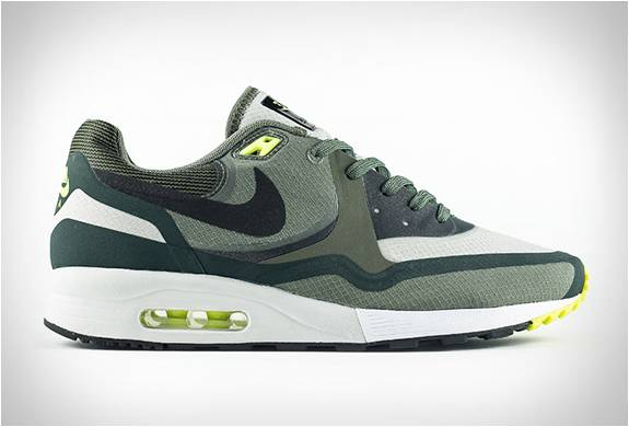 NIKE AIR MAX LIGHT WR - Imagem - 4