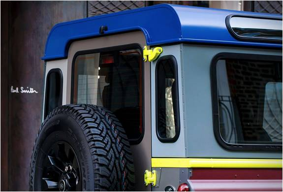 PAUL SMITH X LAND ROVER DEFENDER - Imagem - 3