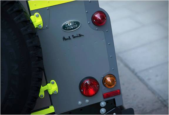 PAUL SMITH X LAND ROVER DEFENDER - Imagem - 4